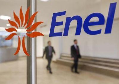 Enel firma accordo uscita 6.000 lavoratori e ingresso 3.000giovani