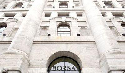 Borsa Milano chiude con un balzo del 5% trainata daibancari