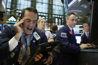 Borsa Milano passa in terreno negativo, guarda WallStreet